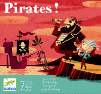 les pirates observent l